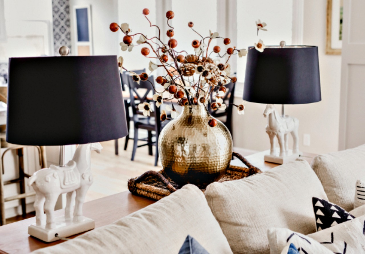 Home Decor Trends You 39 Ll Love This Fall House Becomes Home Interiors