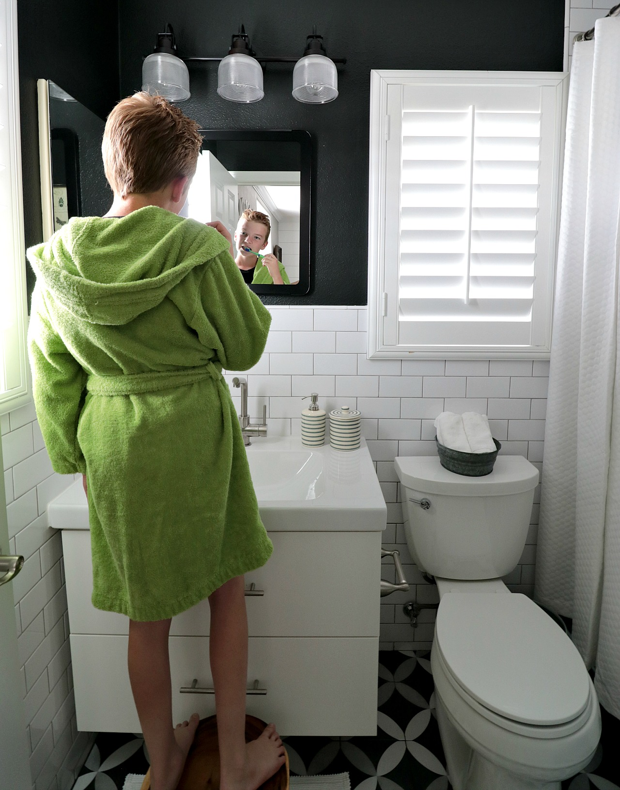 Five Easy Ways To Refresh Your Bathroom House Becomes Home